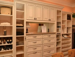 How To Turn That Extra Small Bedroom Into A Walk In Closet Artisan Custom Closets