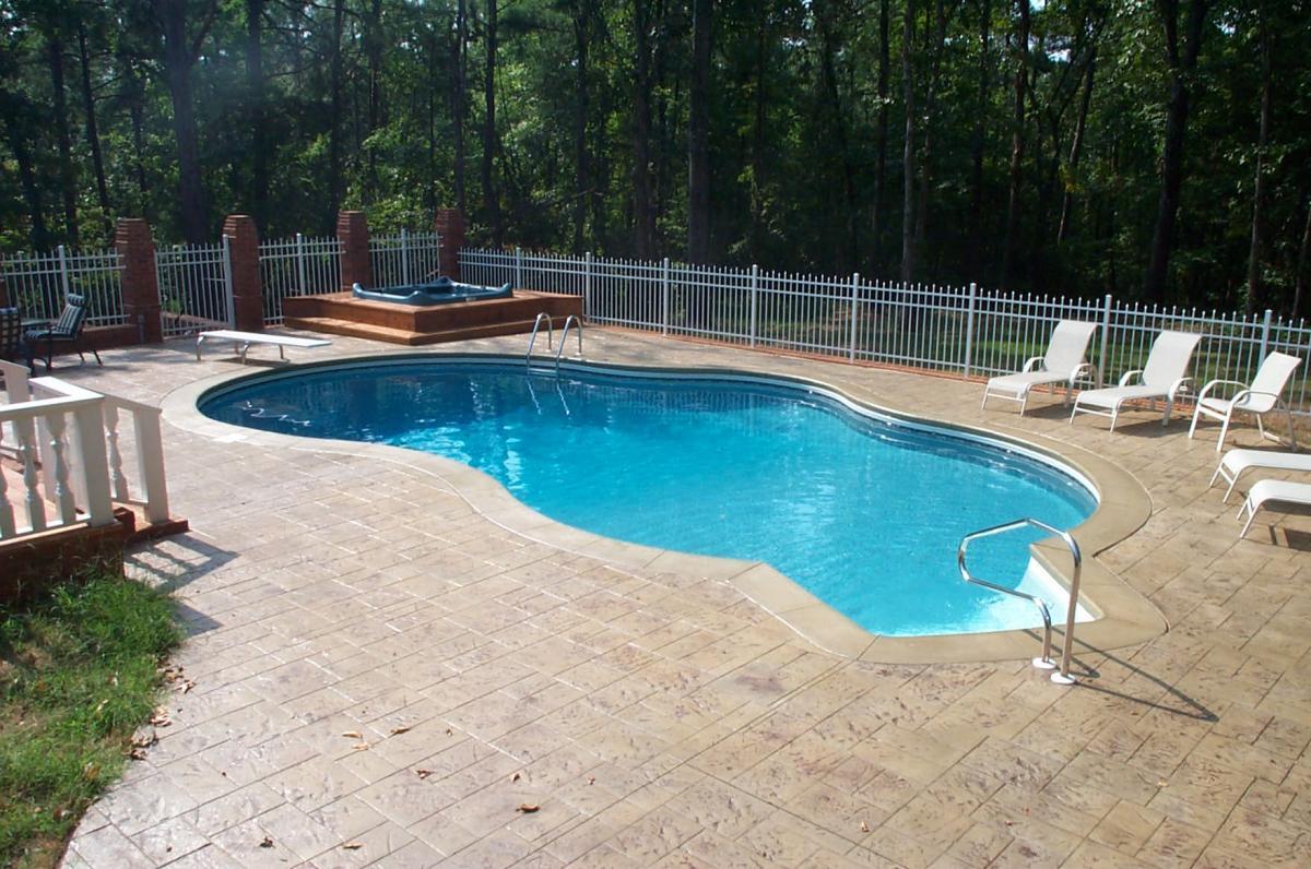 Freeform Pool Gallery | Brown\'s Pools & Spas Inc. | Atlanta ...
