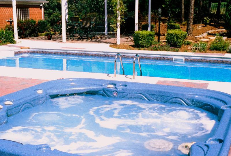 Vinyl Features Gallery | Brown\'s Pools & Spas Inc. | Atlanta Premier ...