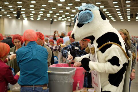 Chick-fil-A Volunteers Pack One Million Children's Meal in One Hour