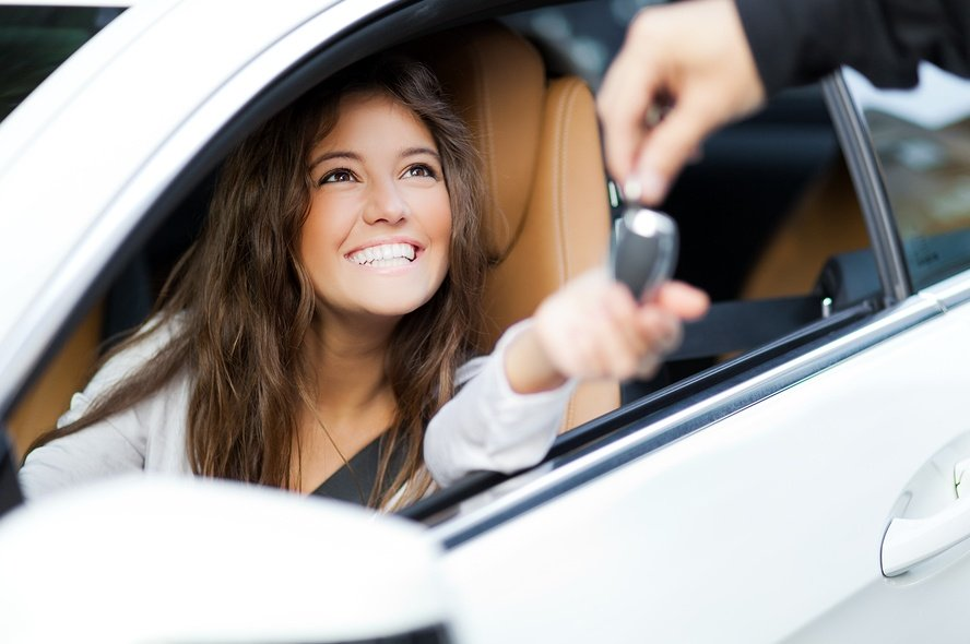 Mobile commerce and car buying