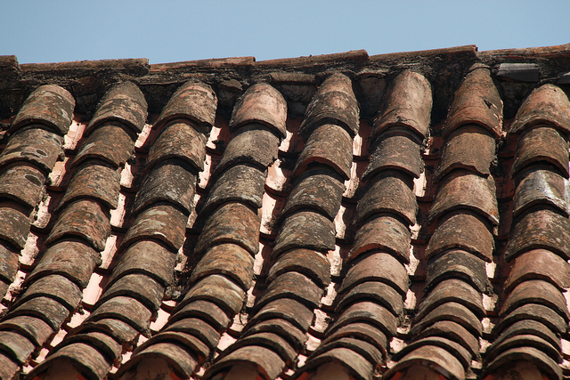 How Does The Sun Affect My Roof Findlay Roofing
