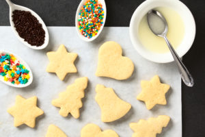10 Homemade Holiday Gifts for Friends and Family