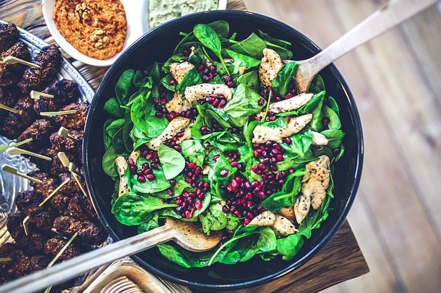 Combining lean protein fruits and vegetables provides optimum nutrition for athletes