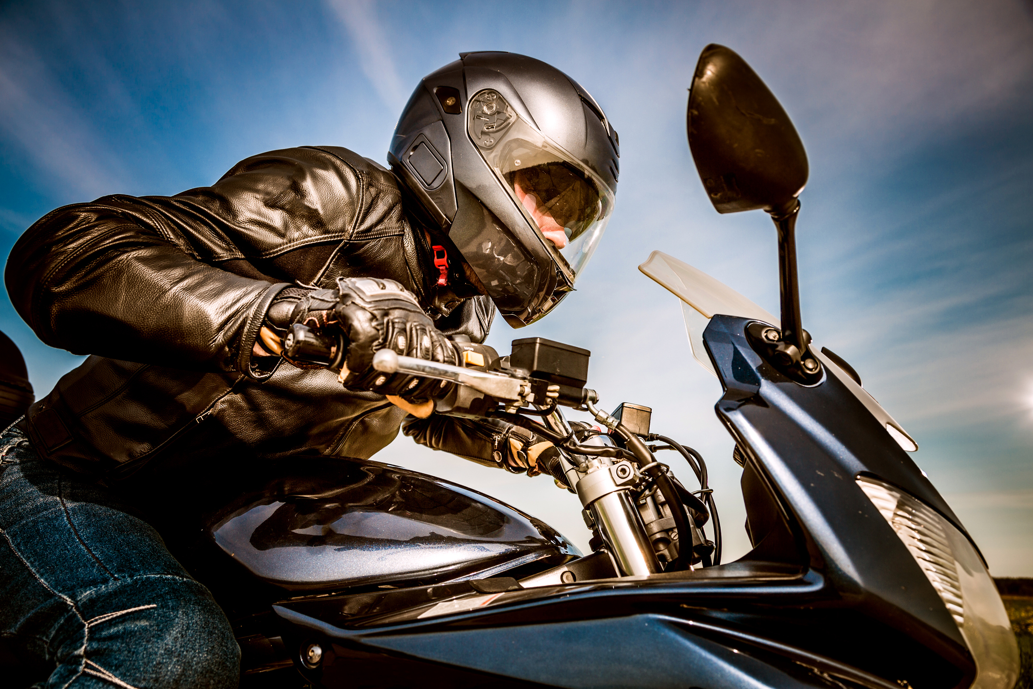 Ergonomic Tips to Avoid Motorcycle Riding Injuries