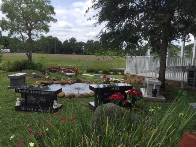 cremation monuments in florida