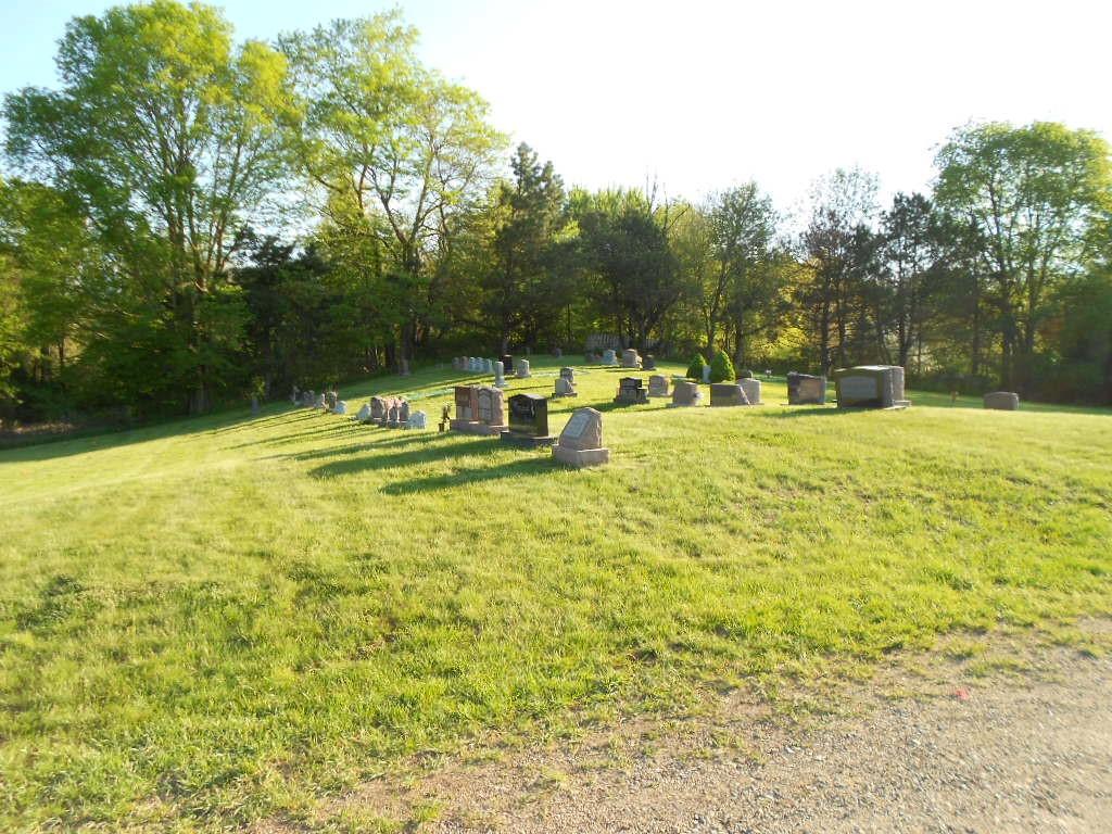 Mt. Ever Rest Memorial Park in Michigan