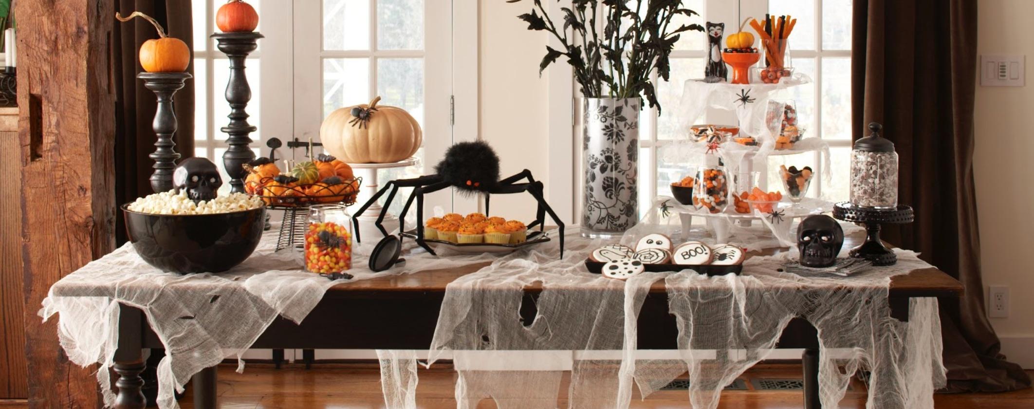Diy halloween party decor zerorez huntsville for Zerorez hardwood floors