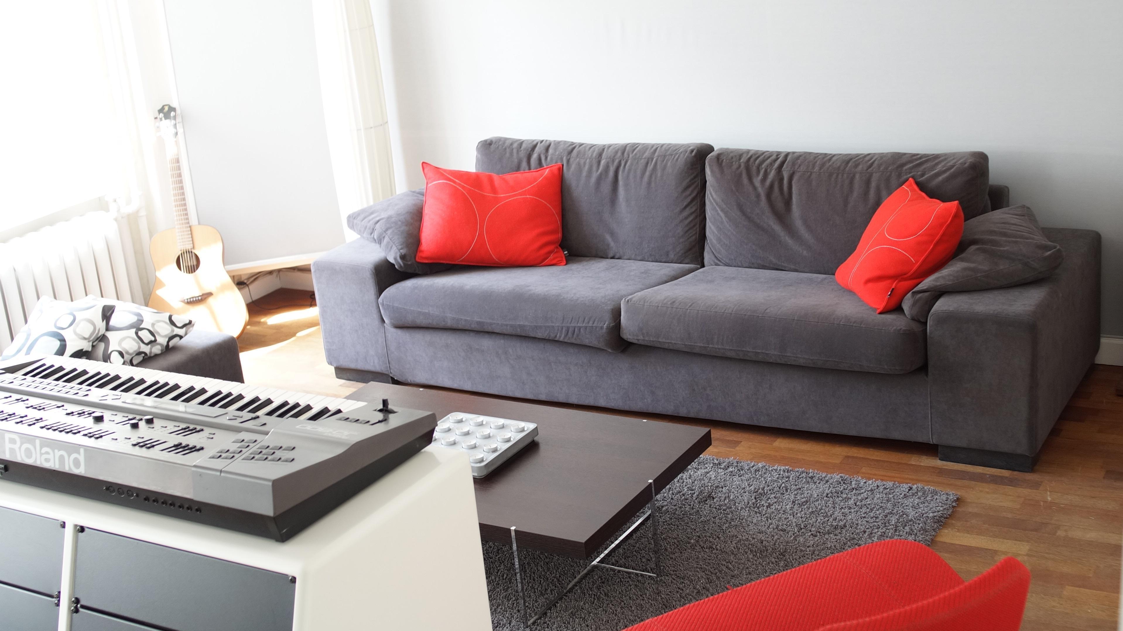 Eco friendly furniture protection for your home zerorez for Zerorez hardwood floors