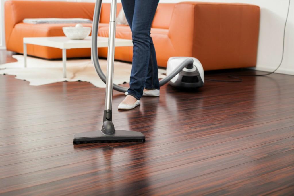 Cleaning Tips To Make Your Wood Floor Last Zerorez Puget Sound