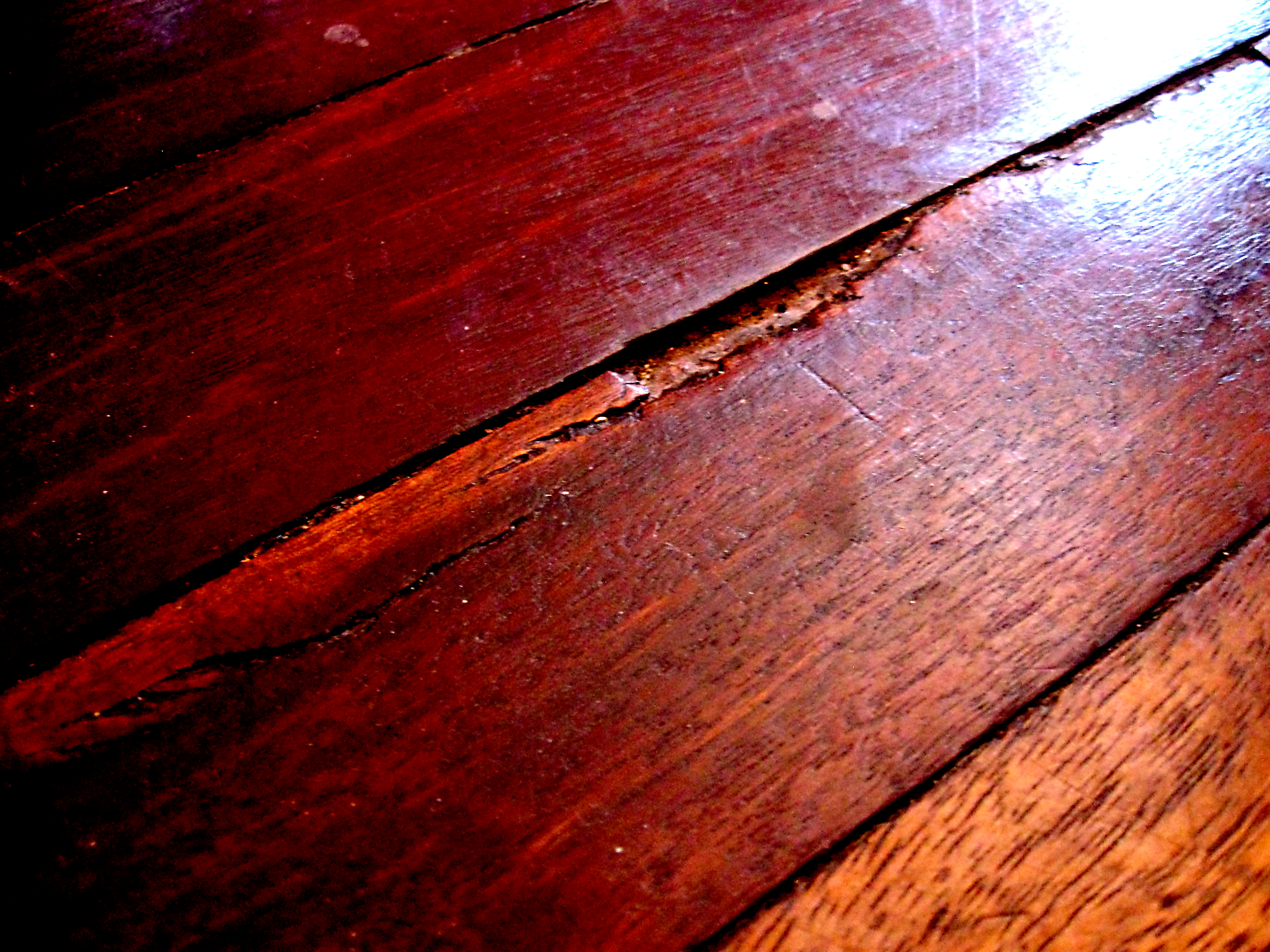 When to reseal your floors and rejuvenate their appearance for Zerorez hardwood floors